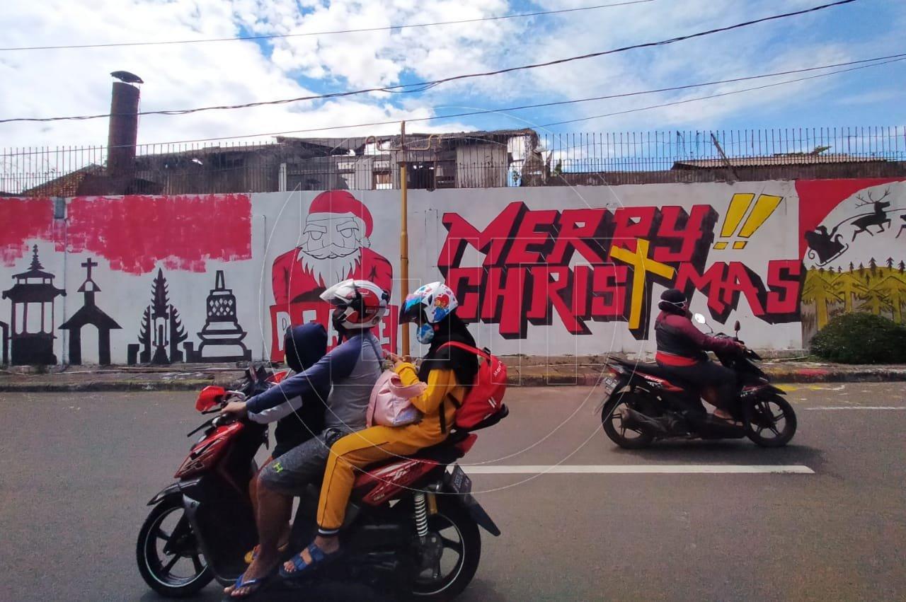 Mural Natal dan Toleransi Beragama