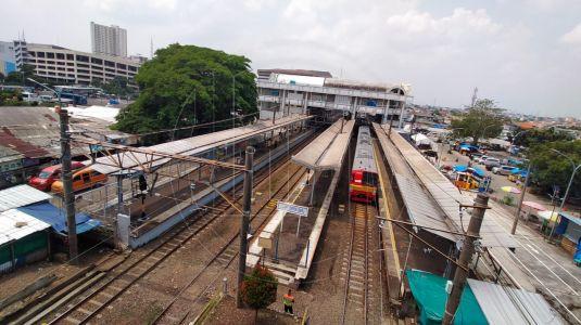 Jam Operasional KRL Commuter Line Kembali Normal