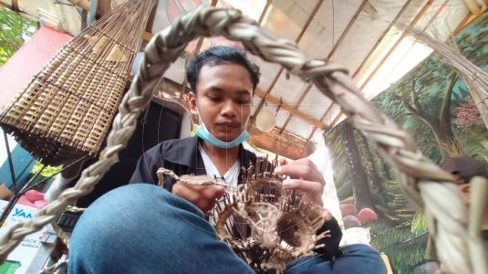Kreasi Anak Muda di Sangkar Semut