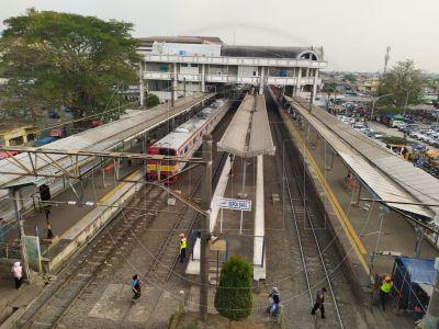 Stasiun Depok Baru Lengang