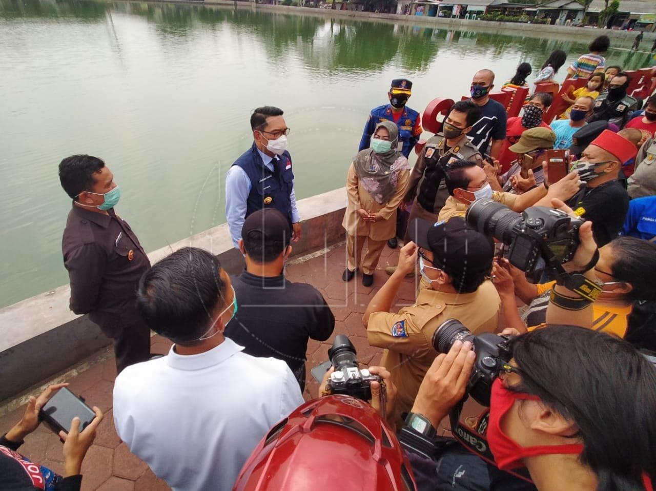 Gubernur Jawa Barat Mengunjungi Dua Situ Di Depok