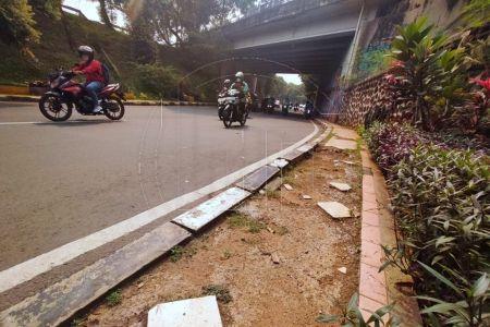 Trotoar di Depok Harus Ramah Pejalan Kaki