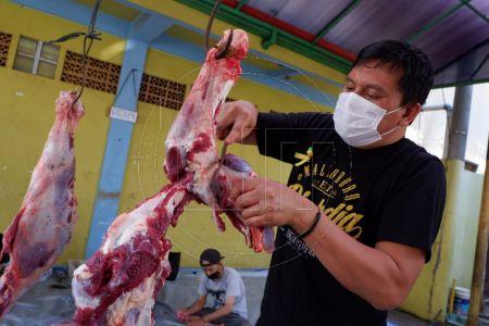 Pemotongan Hewan Kurban di LDII Depok