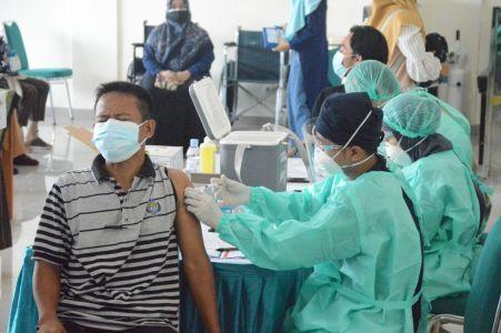 DPD LDII dan Polrestro Depok Laksanakan Vaksinasi Massal